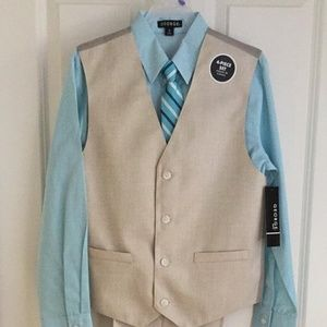 Other - NWT Boys 4 Piece Suit Size 12 & 14